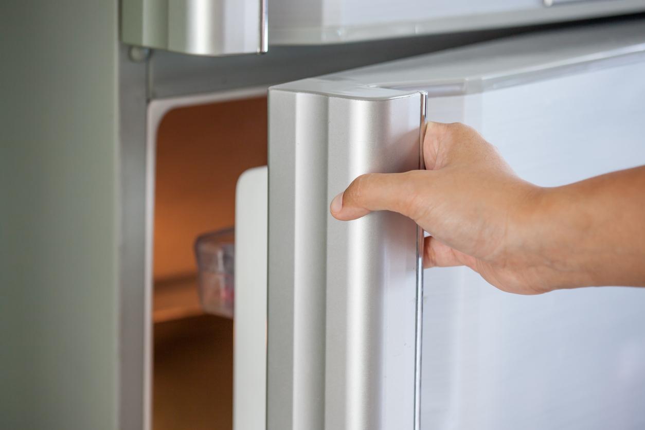 How to Stop a Fridge Freezer Making Noise | Glotech Repairs